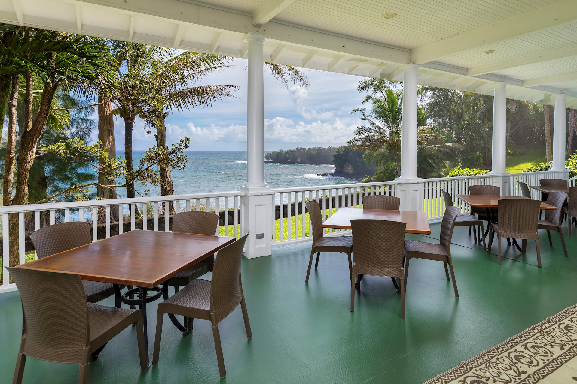Large oceanfront verandas for gatherings, special events such as weddings, etc.