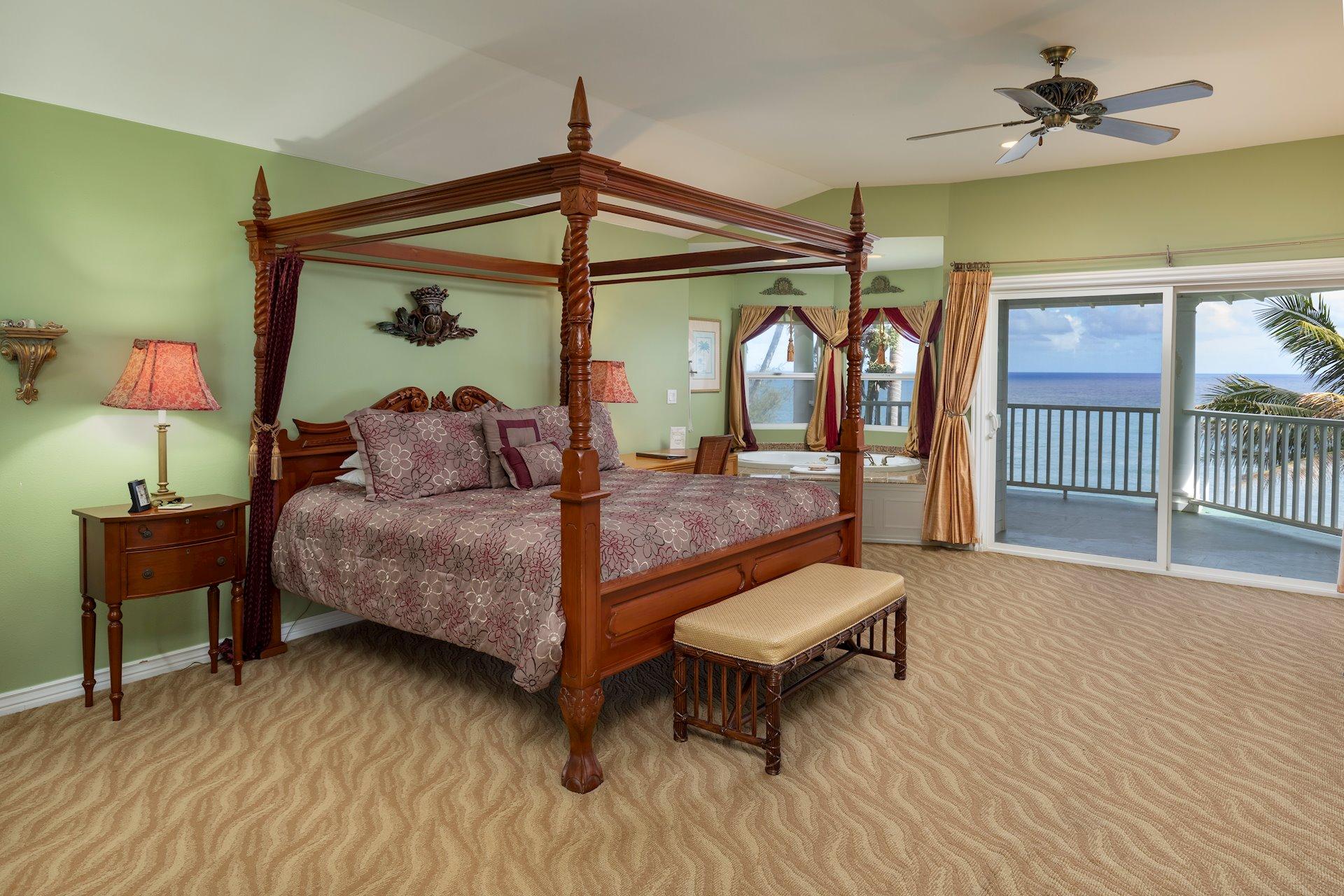 Ten of the 12 bedrooms face the ocean...