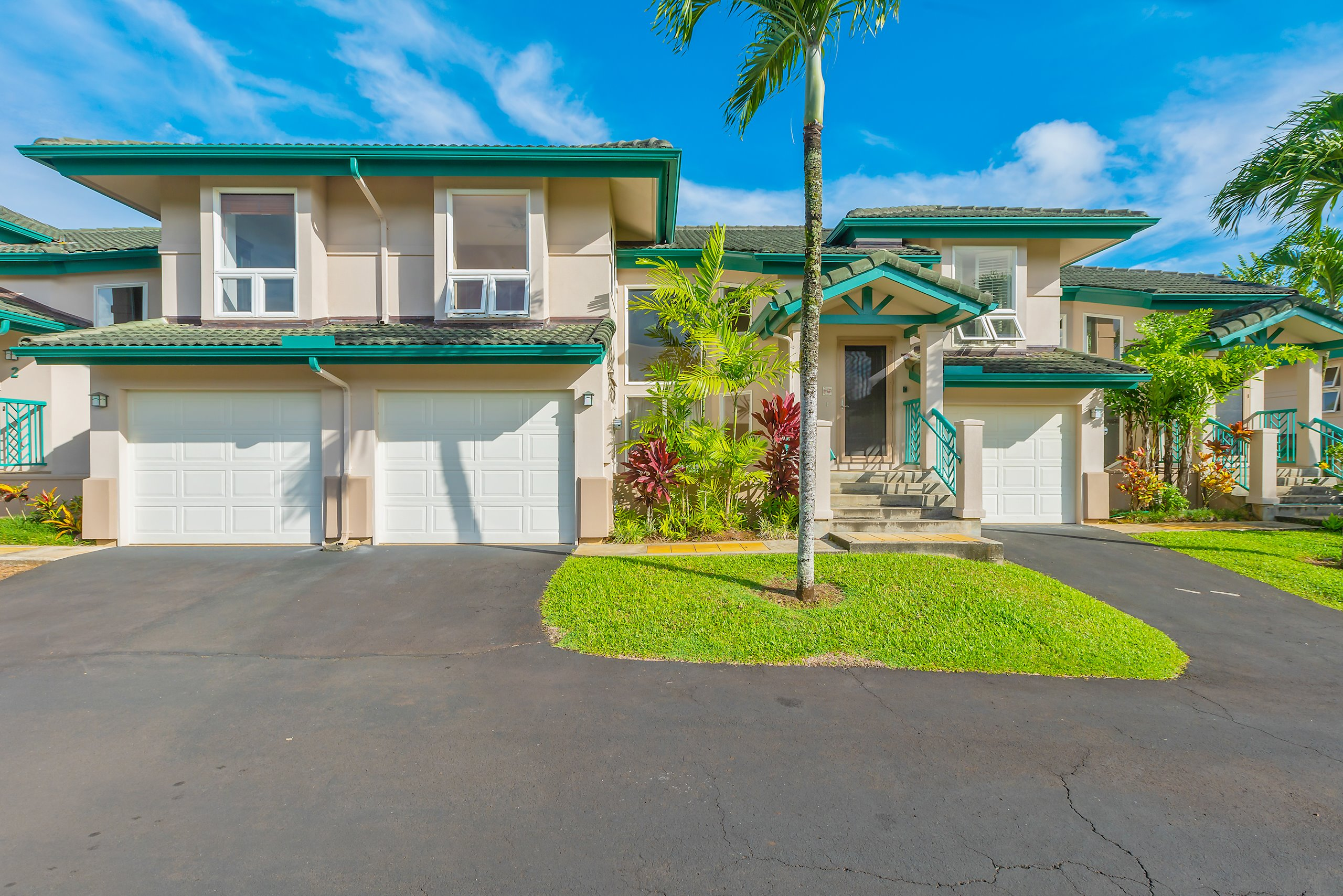 Expansive 3 bedroom 3 bath luxury townhome with beautiful views of the Prince Golf Course and a peek of the ocean.<br><br>This exceptional townhome is walking distance to the Princeville Shopping Center, dining, and world class golf.<br><br>Other features include:<br>*Large Master Suites*<br>*Professionally landscaped grounds*<br>*Heated pool*<br>*Gated entry*<br>*Vaulted ceilings*<br>*Granite slabs in Kitchen and bathrooms*<br>*Custom paint*