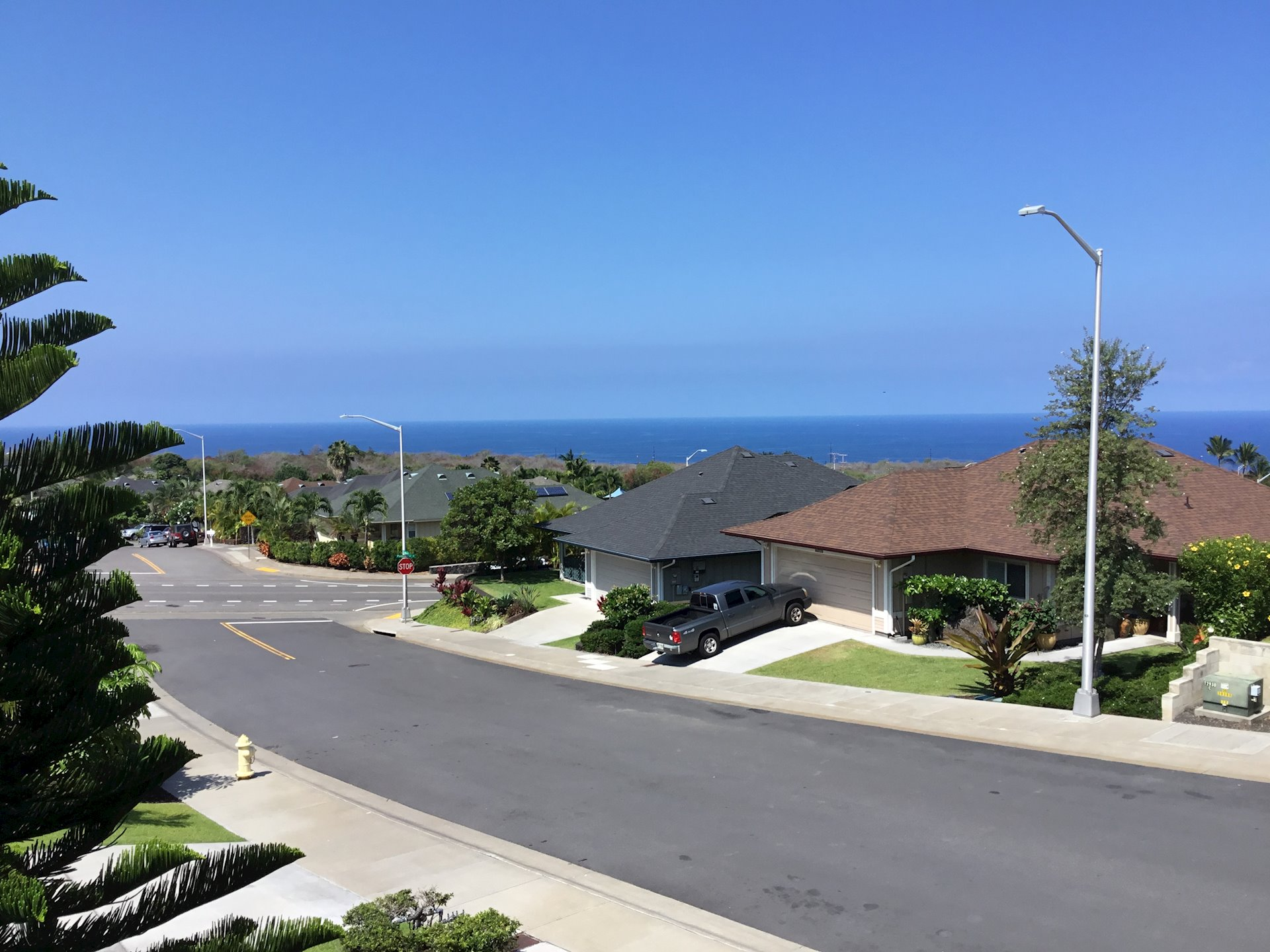 ocean views from front lanai