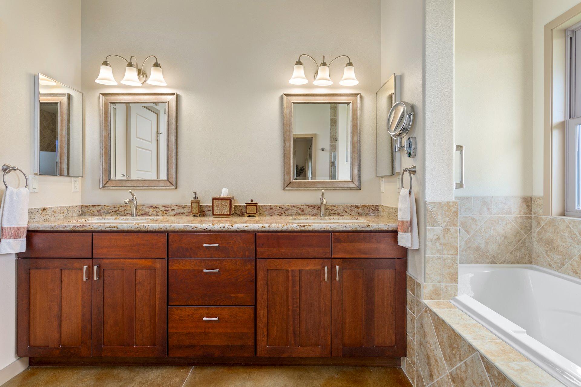 Dual vanity