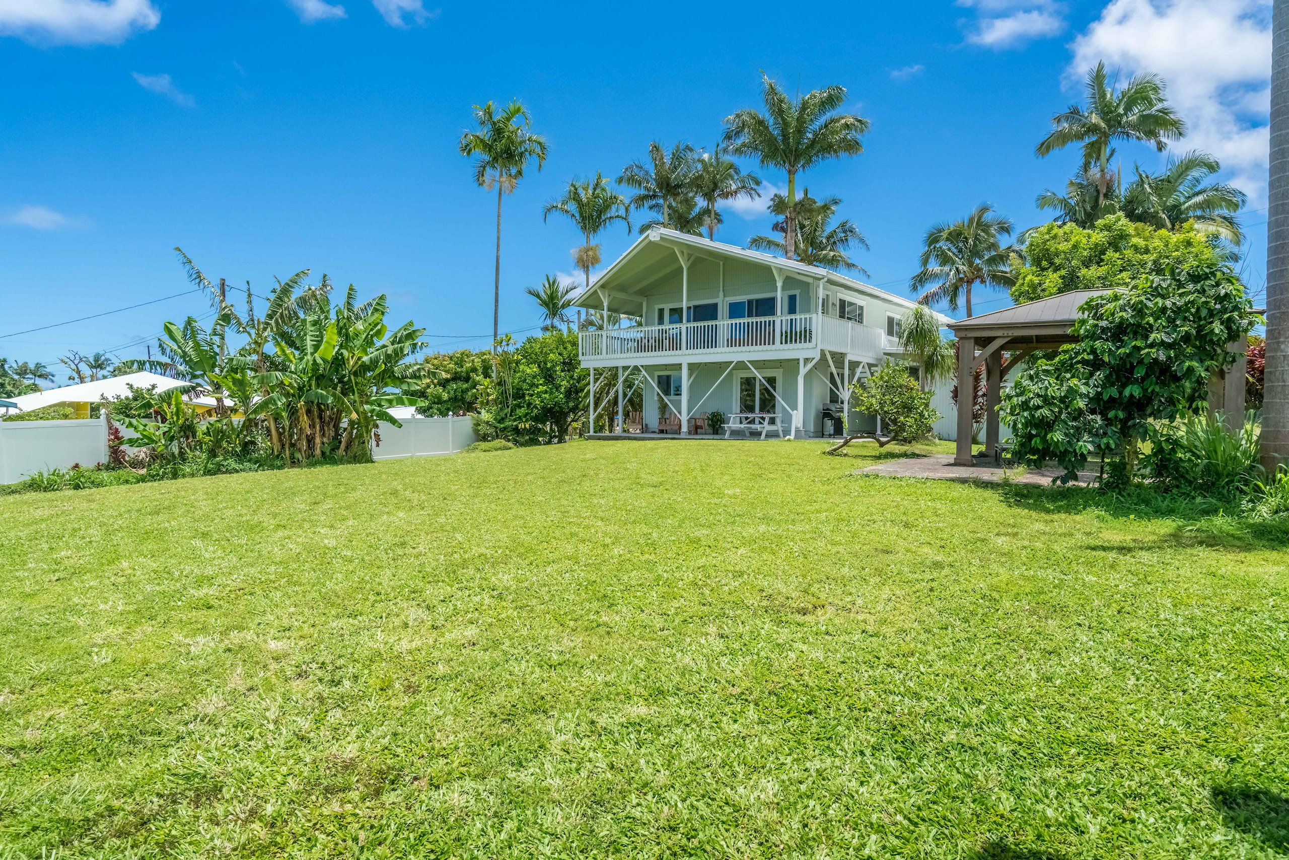 Huge yard with plenty of space for activities or to build a second guest house!