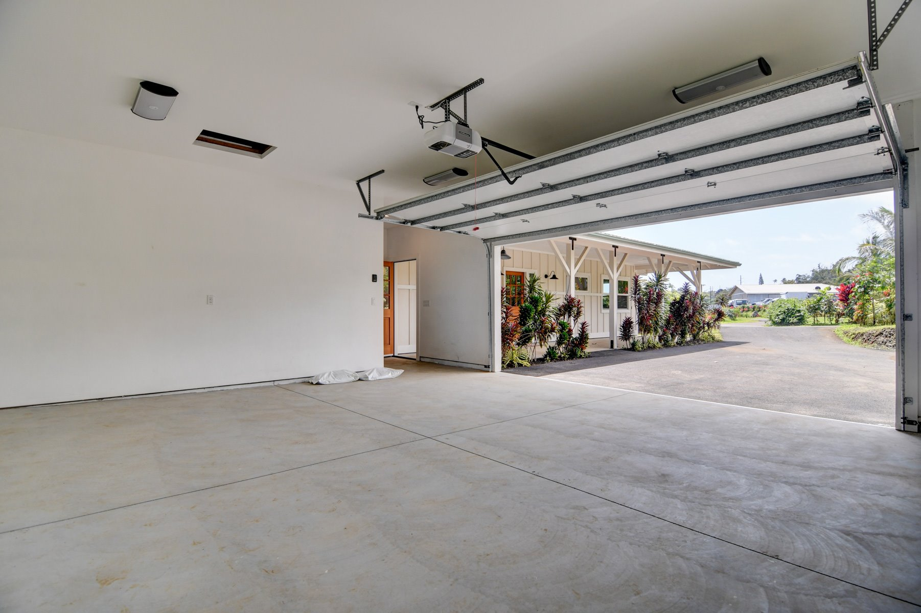 Oversized garage with plenty of space for a shop or for storage