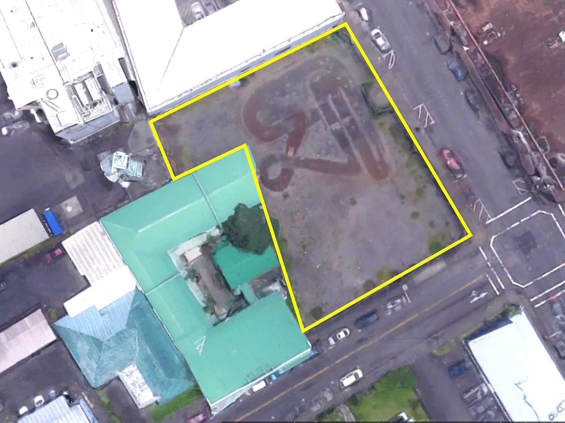 MIXED USE DEVELOPMENT OPPORTUNITY<br>HEART OF DOWNTOWN HILO SHOPPING DISTRICT<br>210 Keawe Street - 19,366 Square Feet<br>Site Lies within Opportunity Zone <br>Numerous Potential County, State and Federal Tax and Zoning Advantages<br>Current Proposed Configuration includes 39 Conventional Apartment Units or 43 Affordable Units.  Plus 5,000 to 10,000 Square Feet of Ground Floor Retail and 12,000 Square Feet of Second Floor Office and/or Retail<br>Currently being used as a parking lot<br>Site Walkable Within Minutes of Shopping, Restaurants and Hilo Bay