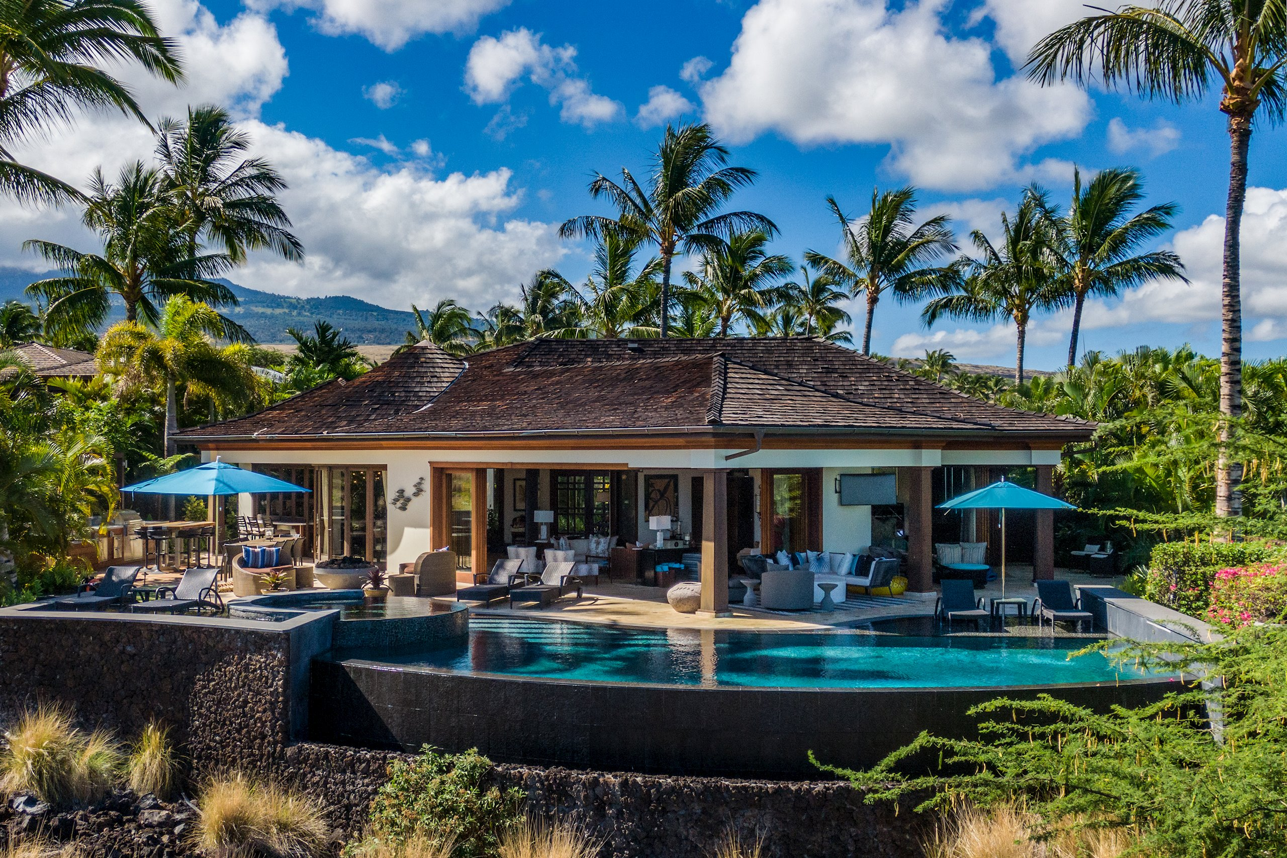 Discover Cuves Hualalai Estate<br>An architectural masterpiece, designed as a collaboration between renowned Los Angeles architect, S...