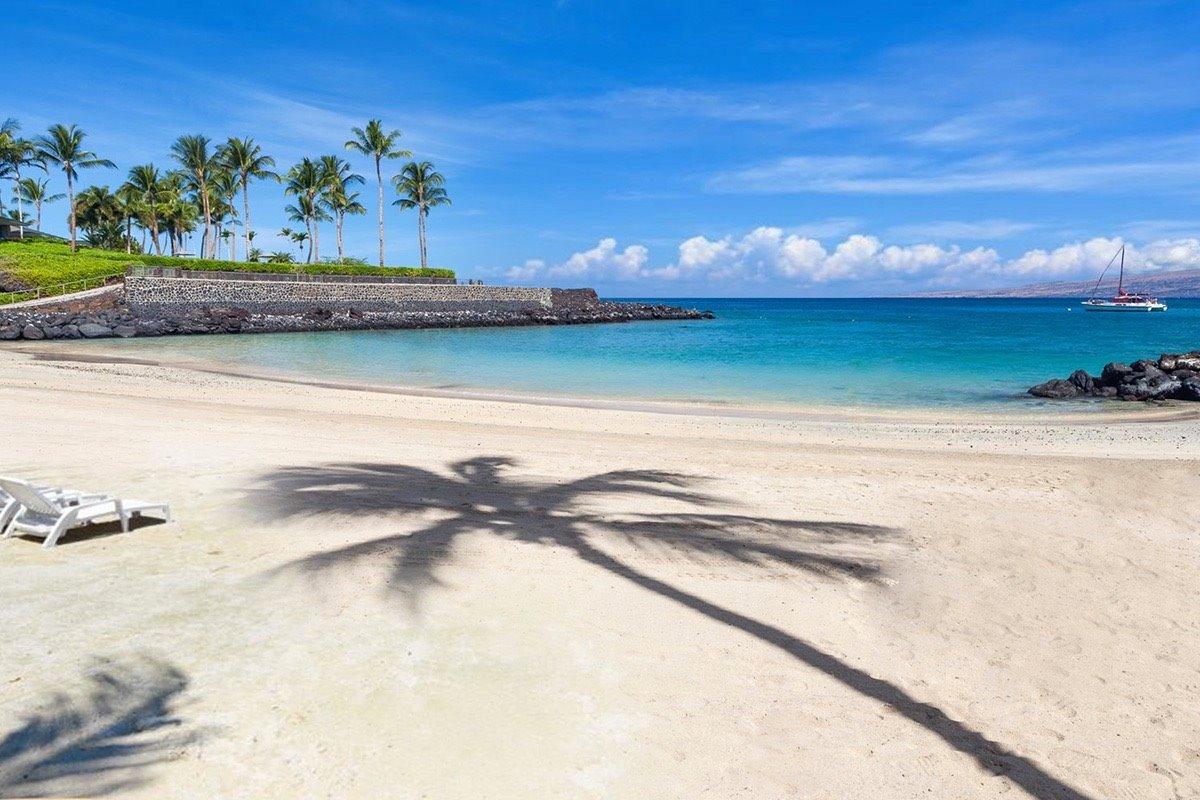 Mauna Lani Resort Beach Club