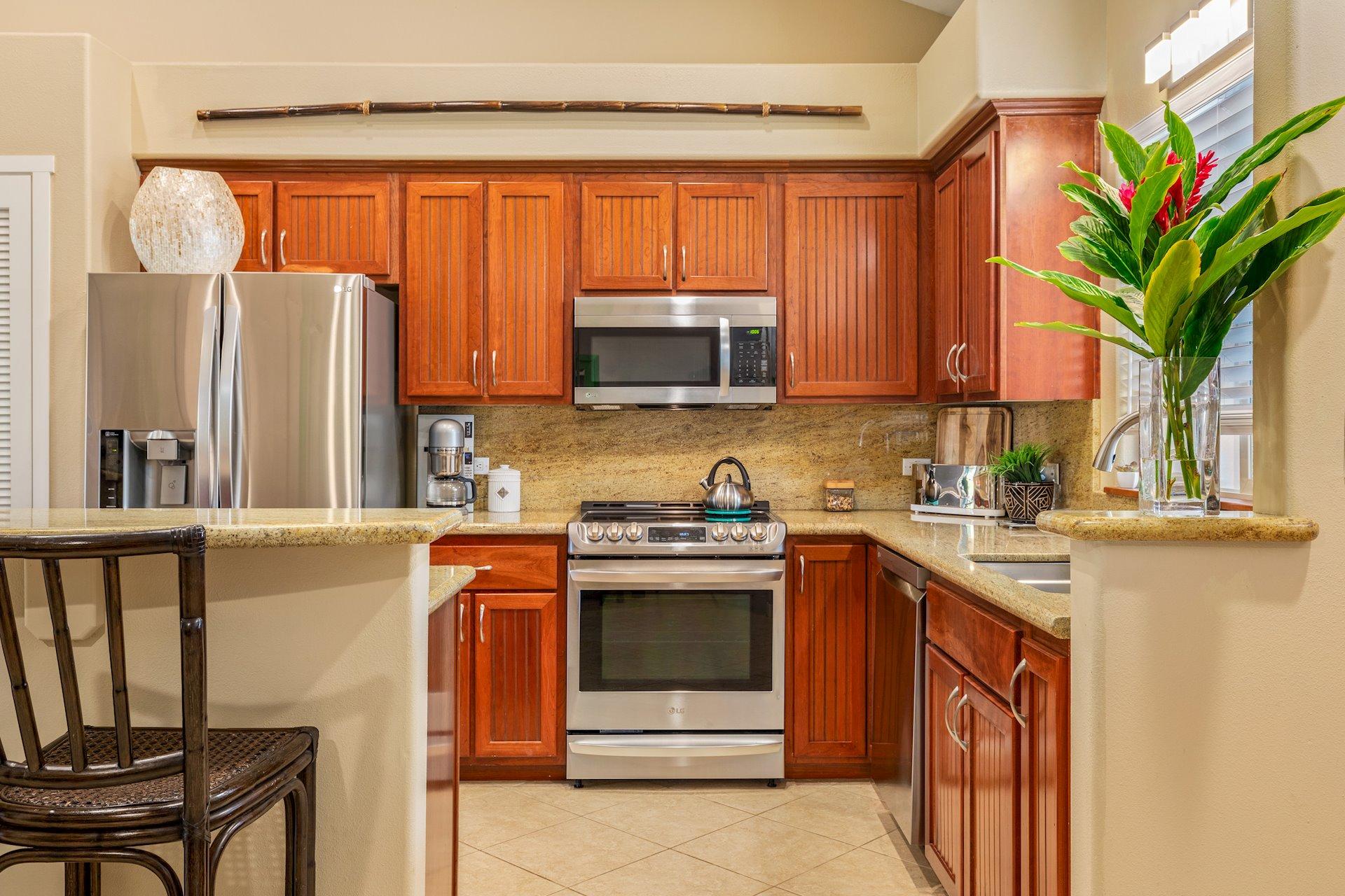 Enjoy meal prep in this wonderful kitchen