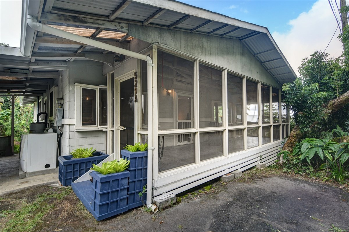 Cute 3 bedrooms, 1 bath cottage in convenient Hilo location, only minutes from town! <br>Oceanview from the screened and covered lanai spanning the length of the house.  <br>The kitchen has newer cabinets with custom glass fronts, tiled and solid surface counters and a layout that maximizes space and provides all the storage you'll need. Newer stainless steel appliances and island cooktop. <br>The large living room enjoys over-sized windows that frame a nice bay view and add lots of light. 3 nicely sized bedrooms and 1 bath with tub/shower. <br>Solid wood painted flooring throughout.<br>New foundation in 2018.  New gutters in 2019.<br>Carport with laundry area and an additional side parking space.<br>A great property at an affordable price!