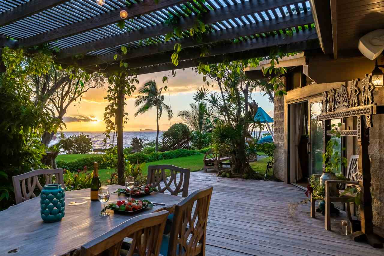 Located on 3.23 acres of stunning oceanfront, Pono Makena is a secluded and cherished property of Hawaii. Charged with a sense of ser...